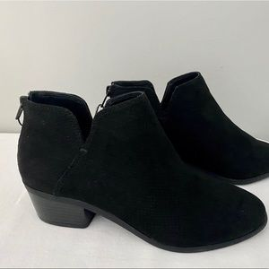 Express Black Ankle Bootie NEW sz 8